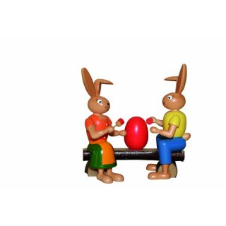 Holzkunst Gahlenz rabbit painter couple on the bench
