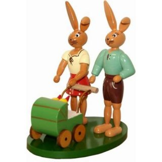 Holzkunst Gahlenz rabbit couple with carriage