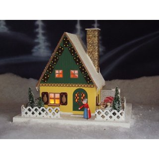 Uhlig lighthouse gingerbread house