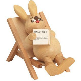 Wagner easter bunny in the deck chair