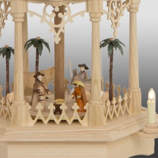 Seidel column pyramid gothic with turned manger figures