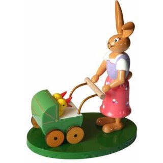 Holzkunst Gahlenz rabbit woman with carriage