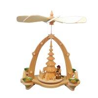 Tischpyramide Bogen Holzhacker und geschnitzter Baum natur