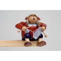 KWO Smoker edges stools knitter